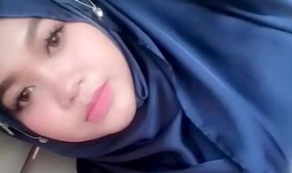 jilbab ngentod dimobil brisk : tube porn  motion picture yxnczehk