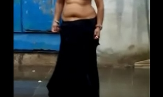 Curvy Indian Woman showing her incomparable body with some dance moves