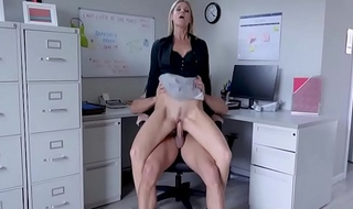 Berth Sex At hand Blonde MILF Boss- India Summers