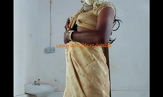Indian sexy crossdresser Lara D'Souza saree video