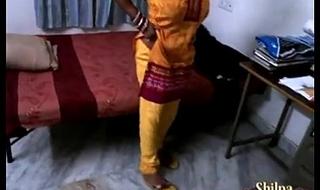 indian aunty shilpa bhabhi ka jalwa gar sex show