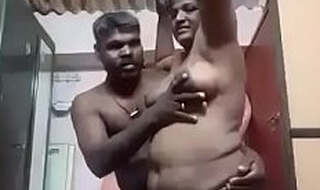 Parvathy madurai Tamil aunty rubbed by husband
