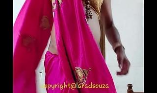 Indian crossdresser Lara D'Souza sexy integument in saree