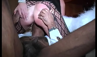 English girl sucks Indian cock