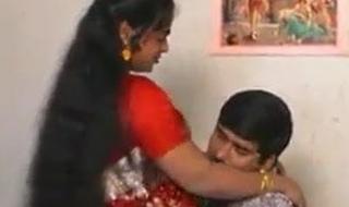 Red saree, aunty, full