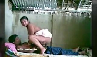Desi Shire Bhabhi sex with Devar mms Video