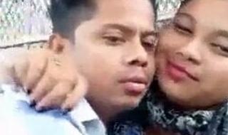 Desi school gf ko khub boobs chusa