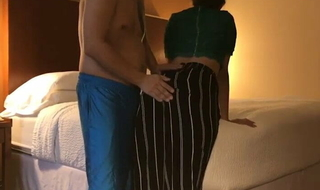 Dost Ki Wife Ko Hostelry Court Me Rulaya