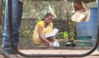 Indian nokrani bhabhi ko 500 ka dika ke chod dala juvenile boy