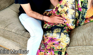 the sexy Mohini Bhabhi called her old lover for hardcore sex