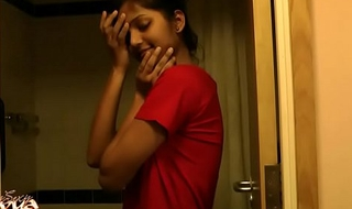 Super-steamy Indian Indulge Divya Almost Shower - Indian Grime