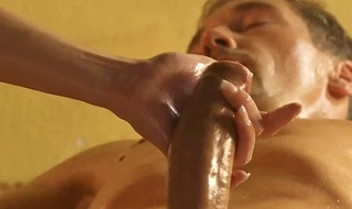 Spectacular Comme ‡a Maw Massage