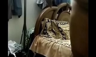 desi south aunty handjob increased by ass grop