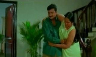 Jayalalitha weak-kneed aunty