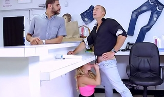 Brazzers - (Cali Carter) - Beamy Bristols at work