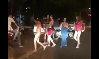 Delhi Hauz khaz hinjde Property naked on the Streets http://zipansion.com/2pYYH