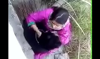 Bangladeshi Explicit anent their way boyfriend fucking outdoor