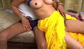 Indian Housewife Fuck Wide of Neighbour Uncle