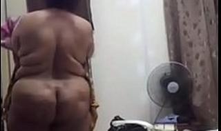 Desi big ass mature aunty nude video