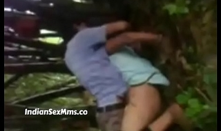 Desi assamese college girl fucked in jungle unending by experienced friends (new)