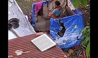 Desi bhabi outdoor bath