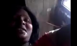 Desi aunty exposing her big fucking boobs