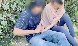 Hijab desi girl fucked in sifter with the brush boyfriend